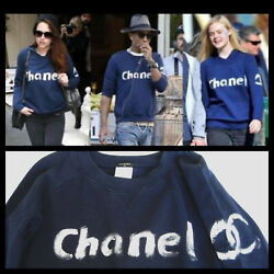 RARE LIMITED EDITION CHANEL SWEATSHIRT SWEATER M AUTHENTIC CELEBRITY FAVORITE