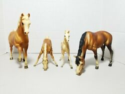 Lot Of 4 Vintage Breyer Horses Grazing Mare 9×10 And 6x7 Stallion Family Rare