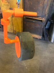 Grinding Wheel Lift For 20 And 24 Centerless Wheels