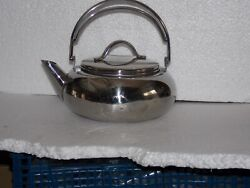 Stainless Steel Hot Water Kettle 2 Litres Very Nice Condition Used 3x4 Times