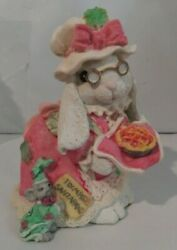 Patchville Bunnies Sadie Paws Mrs. Santa Paws 01024, Great Easter Gift