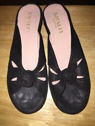 Amalfi by Rangoni Rose Slides Mules Womens Shoes Sandals 8.5 AA Black
