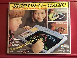 New 1970s Sketch-o-magic Light Box Drawing Toy - Glows - Ages 4-10 - Vtg