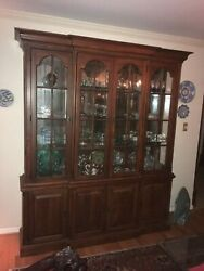 Luxurious Vintage Cherry Wood China Hutch Display Cabinet W/ Lights