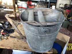 Vintage Erie Galvanized Bucket With Automatic Mop Wringer Neat Display