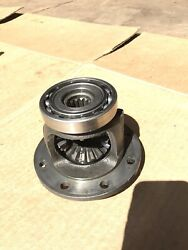 Mitsubishi Satoh Beaver Buck S373 S470 M372 Front 4x4 Axle Differential Carrier
