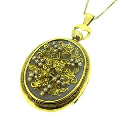 14k Yellow Gold Agate And Seed Pearls Grape Leaf Antique Locket Pendant Necklace