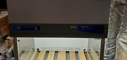 Labconco 3and039 Purifier Vertical Clean Bench With Uv Light Protection Panel