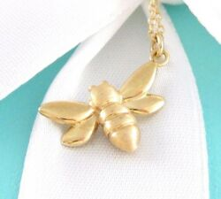 New And Co 18k Yellow Gold Bee Pendant Necklace Box Pouch Packaging
