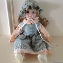 Schmid Musical Porcelain Doll 1984 Plays Sound Of Music Theme Soft Body 14 Inch