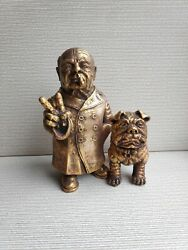 New Britain Prime Minister Winston Churchill And Dog Sculpture Statue Bust H=16 Cm