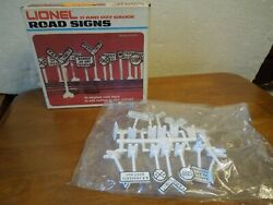 Nos Lionel O And O 27 Gauge Road Signs In Box 6-2180 B5120