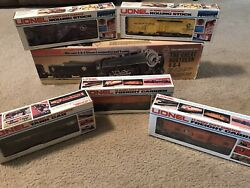Lionel The Great Northern Die-cast 4-8-4 Steam Locomotive Tend W/5 Rolling Stock