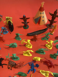 Vintage Cowboys And Indians Plastic Toy Lot Horses Totems Canoe 65 Pieces Case