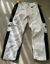 Oakley White Snowpants Sz. XXL Loose Fit $95.00