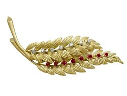 Vintage 0.32ct Ruby And 0.32ct Diamond 18ct Yellow Gold Leaf Brooch
