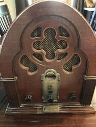 Thomas Radio Collectors Edition Antique Style Cassette Player Model-317