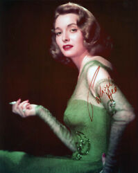 Patricia Neal - Photograph Signed