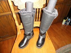 TOTES BOOTS PREOWNED SIZE 6 black $20.00