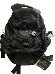 OAKLEY ICON BACKPACK 3.0 Brand New With Tag Black $279.99