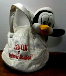 CHILLY WILLY PENGUIN IN IGLOO BAG PLUSH #x27;CHILLIN AT UNIVERSAL STUDIOS#x27; NEW $10.97