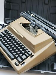 Vintage Sears Electric Portable Typewriter The Graduate, Case Mint Condition