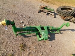 John Deere 30 Series Tractor Wide Front W/ Hubs Tag 1043