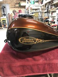 Nos Oem Harley Davidson Two Tone Candy Root Beer Flhtcu Fuel Gas Tank
