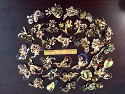 34 - Vintage Sterling Silver Gold Vermeil Brooches W/colored Stones 22.98 Ounces