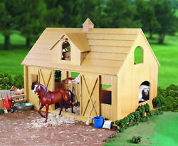 Breyer Horses Traditional Size Deluxe Wood Barn With Cupola 302
