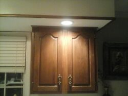 Aristokraft...30 W X 30 H X 12 D Oak Wall Cabinet Solid Great Condition