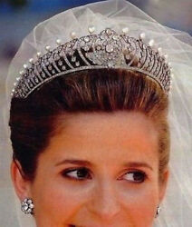 10.42ct Real Antique Rose Cut Diamond Xmas New Year Party Wear Pearl Tiara Crown