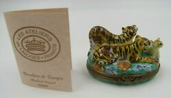 Limoges Tiger Family With Cub Peint Main France Hinged Trinket Box
