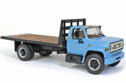 Chevrolet C65 Tray Truck 1974-79 1/34 Scale With Four Round Bales 1/32