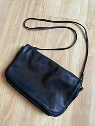 Vintage Georgetown Leather Med Soft Leather Messenger Crossbody Purse Clean $38.00