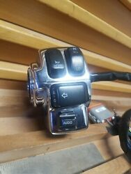 2004 Cvo -harley-flh-electra-glide-left-hand-controls-switch-housing-buttons Th