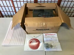 Honeywell Dr4200 Circular Chart Recorder Vintage With Papers And Charts