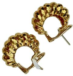Henry Dunay 18k Yellow Gold Textured Hammered Twisted Flute Hoop Huggie Earrings