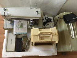 Sears Kenmore Sewing Machine 1430 W/book/ Attachments/ Needles/ Threads / Case