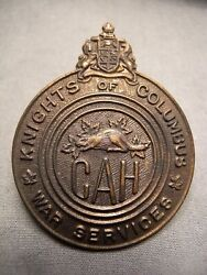 Knights Of Columbus War Services - Catholic Army Huts Wwii Cap Badge Cah Canada