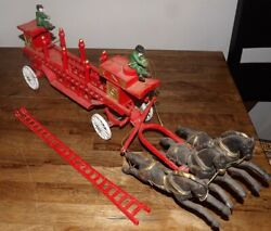 Vintage Cast Iron Horse Drawn Wagon Fire Truck And Ladder 3 Horses 25 Long
