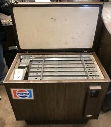 Vintage Coin-operated Pepsi Bottle Chest Cooler