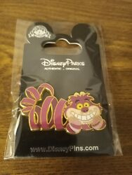 Disney Pin Cheshire Cat Alice in Wonderland with card Beautiful pin