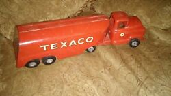 Antique Red Texaco Metal Truck And Tank Collectible Toy