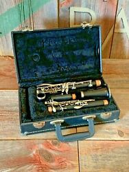 Selmer Signet 100 Wood Clarinet - Ready To Play