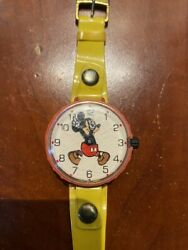 Vintage 1973 Marx Toys Disney Mickey Mouse Wind Up Wrist Watch Feet Move Works