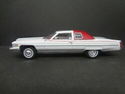 Auto World 1976 Cadillac Coupe Deville Luxury Cruiser Loose New Mint 164