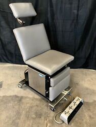Midmark Ritter 8500 Podiatry Exam Chair With Foot Pedal Controller Unit