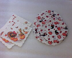 Vintage Thanksgiving Paper Napkins And Doilies Lot