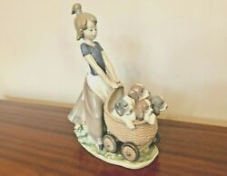 Lladro 5364 - Litter Of Fun - Beautiful Condition // No Box // Dogs And Puppies